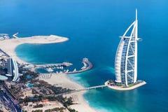 Dubai, UAE Burj Al-Araber von oben stockfotos