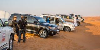 DUBAI, UAE 20 DE ENERO: Safari del jeep, 20, 2014 en Dubai, UAE jeep Imagen de archivo libre de regalías