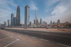 DUBAI, UAE - 19 DE JANEIRO DE 2017: Skyline de Dubai com Burj Khaleefa Fotos de Stock