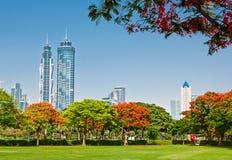 DUBAI, UAE - 4 DE JUNHO: Vista dos arranha-céus Imagens de Stock