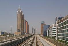 DUBAI, UAE - 11 DE MAYO DE 2016: metro Imagenes de archivo