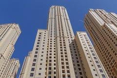 DUBAI, UAE - 15 DE MAYO DE 2016: torres Fotos de archivo libres de regalías