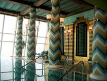 Termas e health club de Assawan no hotel árabe do Al de Burj em Dubai. Imagens de Stock