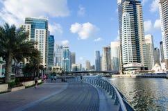 Dubai, UAE, Dubai Marina Promenade, em novembro de 2015 Imagens de Stock Royalty Free