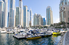 Dubai UAE, Dubai Marina Promenade, November 2015 Arkivfoton