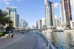 Dubai UAE, Dubai Marina Promenade, November 2015 Royaltyfri Fotografi