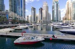 Dubai UAE, Dubai Marina Promenade, November 2015 Royaltyfri Bild