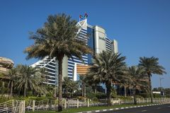 DUBAI UAE - januari 05,2018: Det Jumeirah strandhotellet, i Jumei Royaltyfri Bild