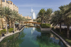 DUBAI, UAE - JANUARY 18, 2017 : Madinat Jumeirah with in the bac Royalty Free Stock Photos