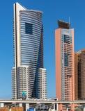 DUBAI UAE-JANUARY 15: Stadsgator Januari 15, 2014 i Dubai, U Fotografering för Bildbyråer