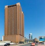 DUBAI UAE-JANUARY 15: Stadsgator Januari 15, 2014 i Dubai, U Arkivbilder