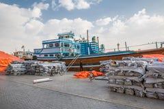 DUBAI, UAE-JANUARY 18: Traditional Abra ferries on January 18, 2 Royalty Free Stock Images