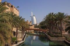 DUBAI UAE - MAJ 12, 2016: Burj Al Arab hotell Royaltyfri Bild
