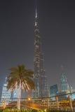 DUBAI UAE - MAJ 11, 2016: Burj Khalifa torn Royaltyfri Fotografi