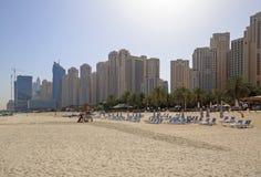 DUBAI UAE - MAJ 12, 2016: GBR-strand Fotografering för Bildbyråer