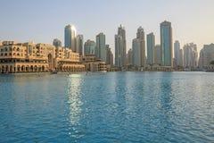 DUBAI UAE - MAJ 11, 2016: I stadens centrum område Arkivbilder