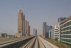 DUBAI UAE - MAJ 11, 2016: tunnelbana Arkivbilder