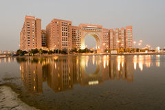DUBAI UAE - MARS 18: Ibn Battuta Gate Hotel i Dubai Mars 18, 2016 i Dubai, Förenade Arabemiraten Royaltyfria Bilder