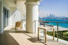 dubai Verano 2016 Interior brillante y moderno la palma Jumeirah de Waldorf Astoria Dubai del hotel Fotos de archivo