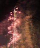 Dubai, Vereinigte Arabische Emirate - 31. Dezember 2016: Feuerwerke verlegen Lizenzfreie Stockfotos