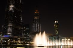 DUBAI, VEREINIGTE ARABISCHE EMIRATE - 10. SEPTEMBER 2017: Dubai-Brunnen Stockfotografie