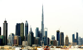Dubai. World Trade Center y Burj Khalifa Imagenes de archivo