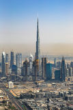 Dubaj Burj Khalifa budynku widok z lotu ptaka W centrum pionowo photog obraz stock