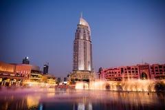 Dubaj fontann przedstawienie przy Dubaj centrum handlowym Zdjęcia Royalty Free