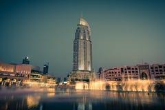 Dubaj fontann przedstawienie przy Dubaj centrum handlowym Fotografia Stock