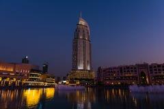 Dubaj fontann przedstawienie przy Dubaj centrum handlowym Obrazy Stock