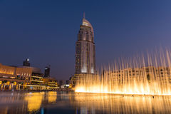 Dubaj fontann przedstawienie przy Dubaj centrum handlowym Obraz Royalty Free