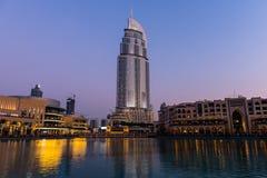 Dubaj fontanny pokazują miejsce przy Dubaj centrum handlowym Obrazy Stock