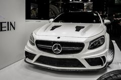 Dubaj Jedzie, Mercedez Benz kąt wystawia ich epickich nowych samochody zdjęcie stock