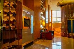 Dubaj Lato 2016 Wnętrze hotelowy Burj al arab Zdjęcia Stock