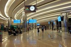 Dubaj lotnisko międzynarodowe, 21 2017 APRIL, DUBAJ, UAE zdjęcia royalty free