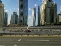 Dubaj Marina, atrakcja turystyczna teren z sklepami, restauracje i mieszkaniowi drapacz chmur w Dubaj, Zjednoczone Emiraty Arabsk obraz royalty free