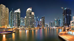 Dubaj Marina jest sztucznym kanałowym miastem Zdjęcie Stock