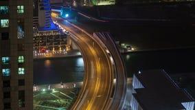 Dubaj marina nocy ruchu drogowego czasu uliczny upływ Niecka up zbiory