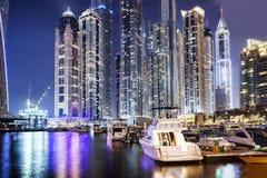 Dubaj Marina z drapaczami chmur w wieczór, Dubaj, Zjednoczone Emiraty Arabskie fotografia stock