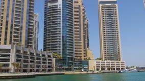 Dubaj marina zatoki zatoki słonecznego dnia widok 4k uae zbiory wideo