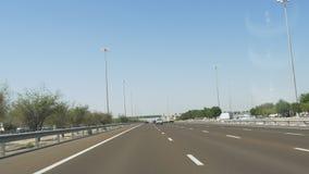 Dubaj miasta dnia czasu samochodowa przejażdżka 4k uae zbiory