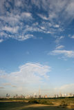 Dubaj miasta linia horyzontu zdjęcia royalty free
