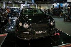 Dubaj Motorowy przedstawienie - Bentley kąt wystawia ich epickich nowych samochody zdjęcia royalty free