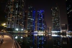 Dubaj nocy budynki Obraz Royalty Free