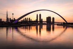 Dubaj, UAE - Jan 27, 2017: Wschód słońca nad Dubaj śródmieściem Zdjęcie Stock