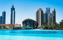 Dubaj Zjednoczone Emiraty Arabskie, Marzec, - 26, 2018: Dubaj opera i mo Zdjęcia Stock