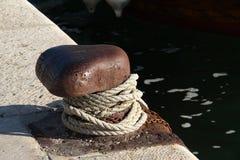 Dubb och rep på havet Royaltyfria Bilder