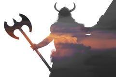 Dubbel blootstellingsportret van een sterke Viking stock afbeeldingen