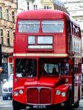 Dubbel däckare i London Royaltyfria Bilder