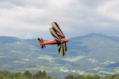 Dubbel däckare - modellen Biplane - flygplan Arkivfoton